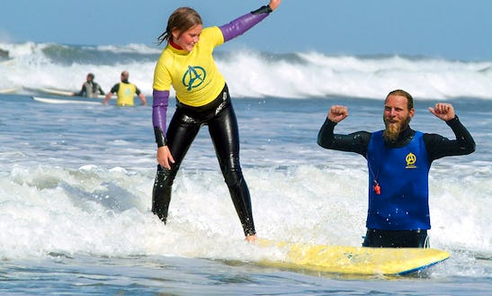 2 Hours Of Surf Lessons In Widemouth Bay, United Kingdom