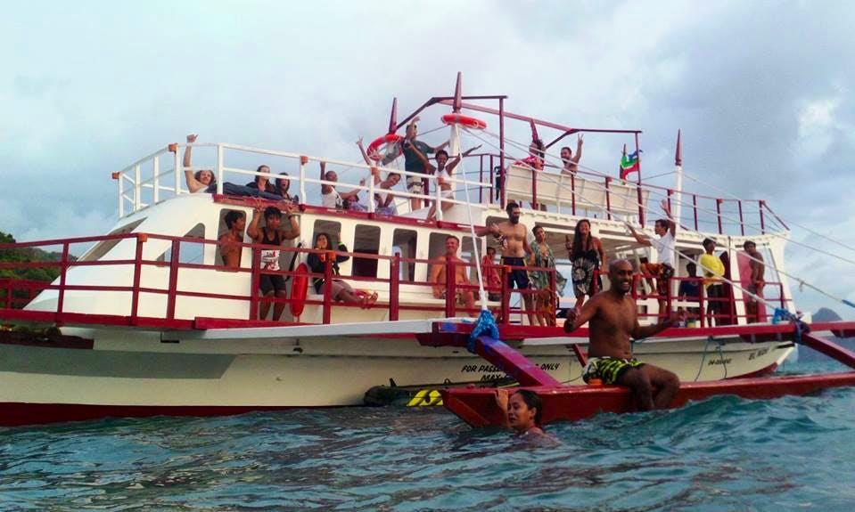 El Nido Party Boat - Booze Cruise / Island Hopping!