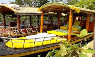 Daily Alappuzha Backwater Tour Aboard Shikara Boat For 10 People