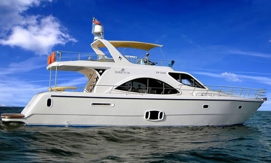 Charter Duretti 70 White Power Yacht In Dubai, Uae