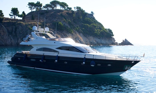 Astondoa 72 Motor Yacht Charter In Sant Vicenç De Montalt