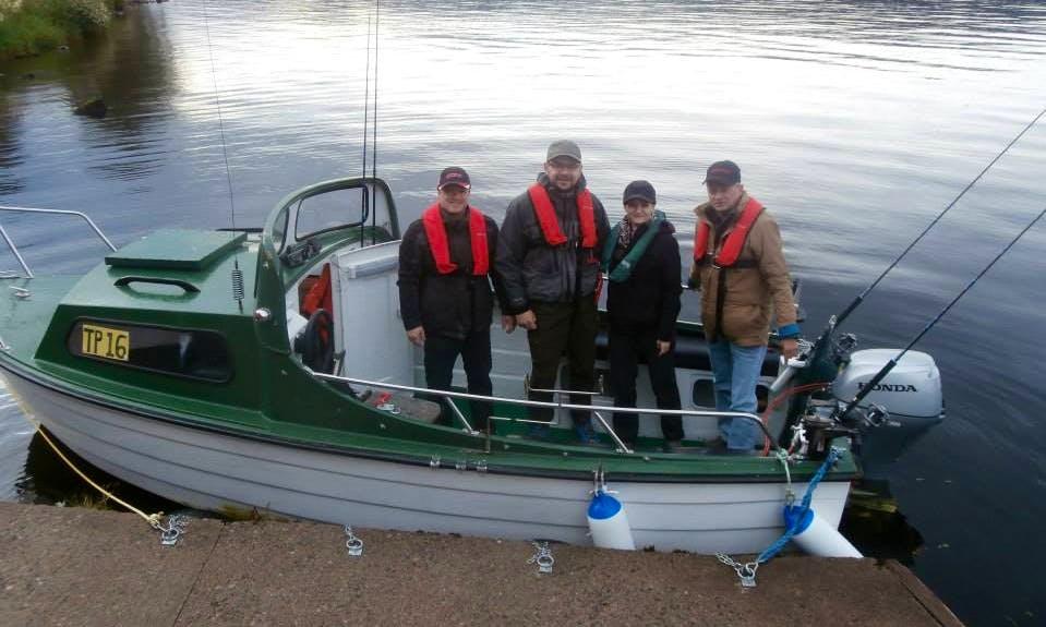 Fishing Trip Boat in Drumnadrochit