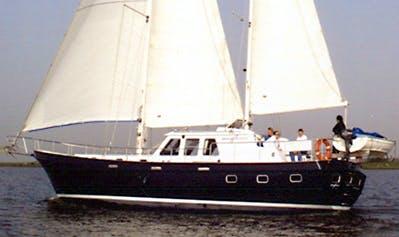 Clipper Yacht Charter in Numansdorp, Netherlands