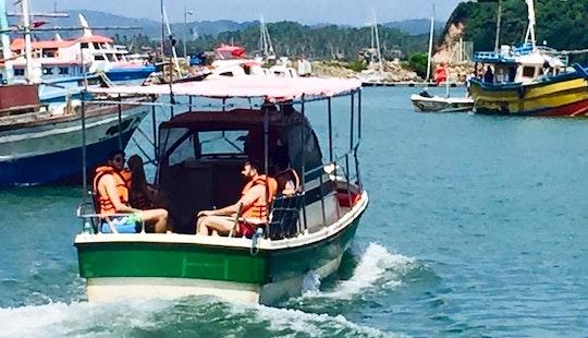 Reef Fishing Tour In Mirissa