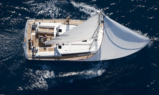 Charter 45' Beneteau Oceanis Sailboat In Chicago, Illinois