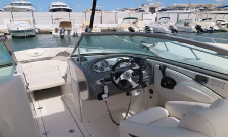 Funcruiser MONTERREY SUPERSPORT 278SS Deck Boat Rental in Eivissa