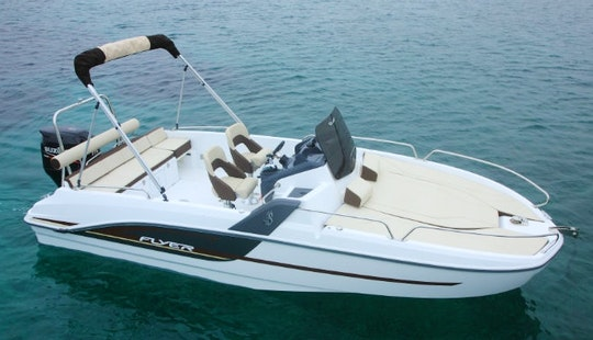 21' Beneteau Flyer 6.6 Sundeck Boat Rental In Cambrils, Spain