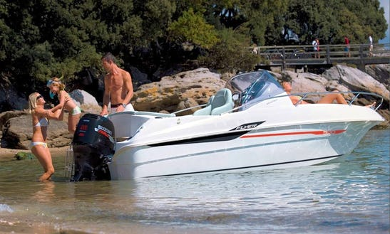 18ft  Beneteau Flyer  Boat Rental In Cambrils, Spain