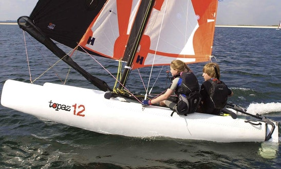 Topper Topaz 12 Beach Catamaran Rental And Courses In Malcesine