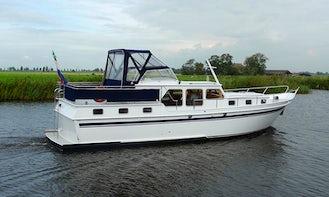 Explore Sneek, Friesland by IJssel Cruiser Motor Yacht