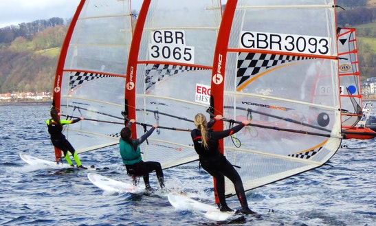 Enjoy Windsurfing Courses In Great Cumbrea, Scotland