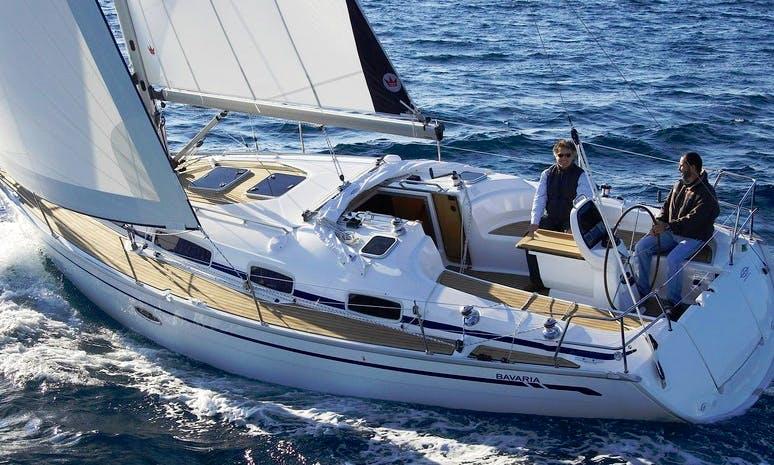 Charter 37' Cruising Monohull in Bermeo, Spain