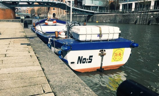 Hire No. 5 Canal Boat In Bristol, England
