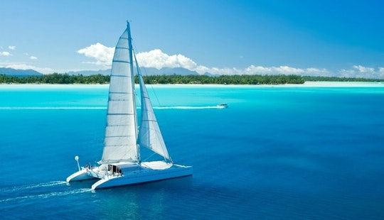 Cruising Catamaran Rental In Bali