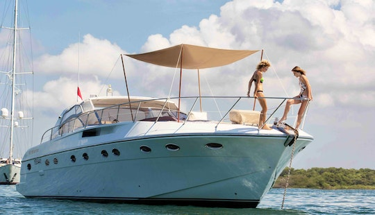 Forever Rizzardi Italian Luxury Yacht For Charter To Gili Islands