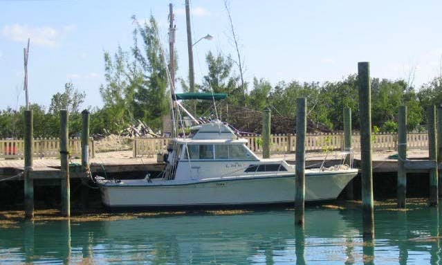 32' Stamas Fishing Charter in South Eleuthera, The Bahamas