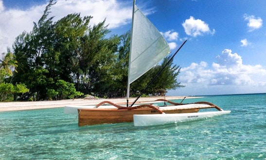 Discover Bora's Lagoon On Traditional Canoe