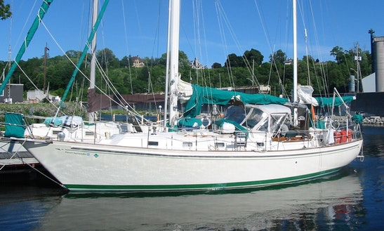 Whitby 42' Sailing Ketch Charter In Roatan, Honduras