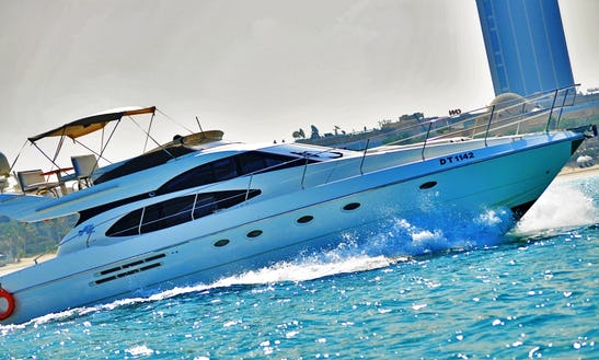 Yacht - Cuddy Cabinwalk Around Rental In Dubai