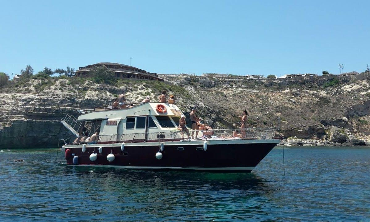 Explore Lampedusa, Sicilia with Captain Peter
