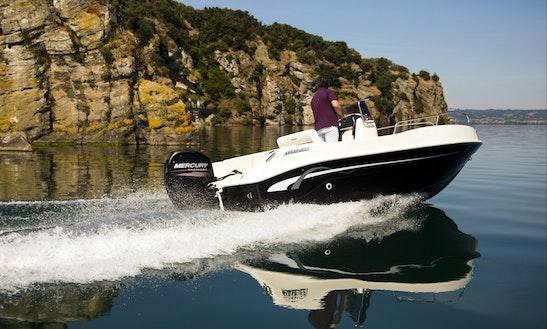Open 18 Powerboat In Castiglione Della Pescaia, Tuscana