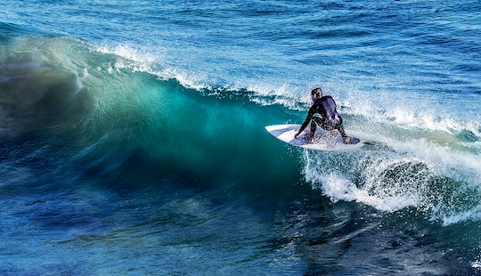 Awesome Surf Lessons In Hikkaduwa, Sri Lanka