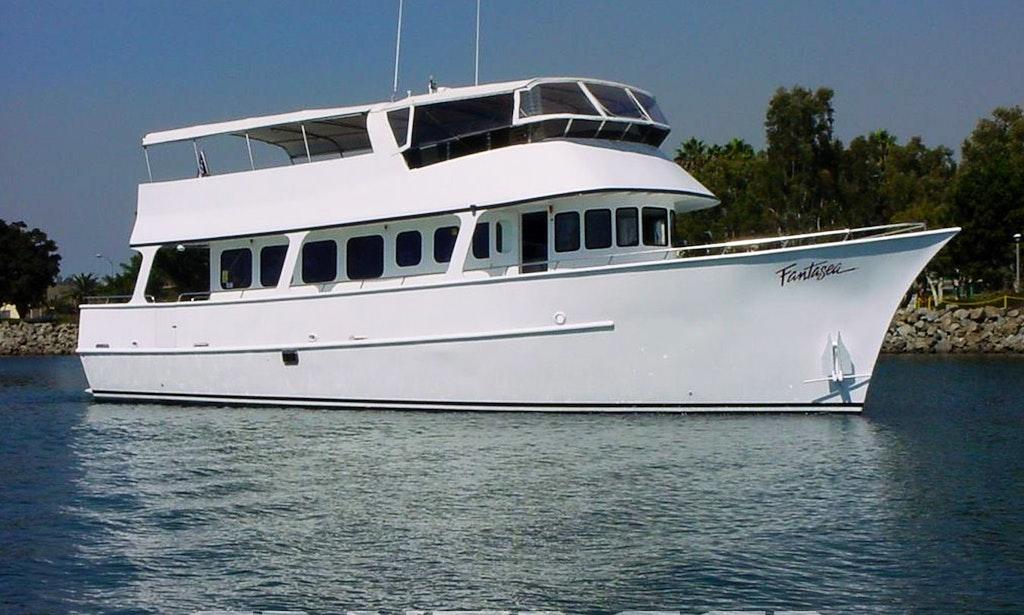 Charter 65 39 Motor Yacht Charter In San Diego California
