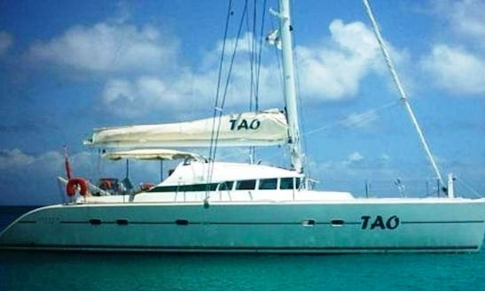7 Day Cruise Aboard 47ft
