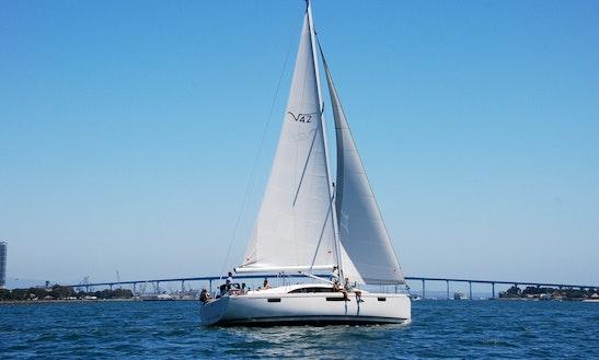 Enjoy Sloop Day Sail Trips In San Diego