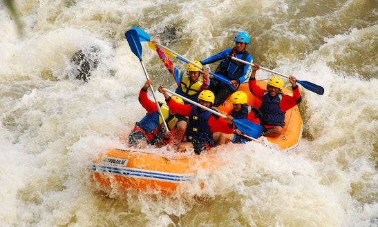 Enjoy Rafting On River Serayu, Banjarnegara