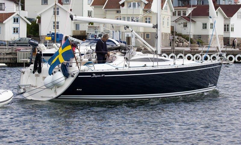 Charter 37' Cruising Monohull in Svolvær, Norway