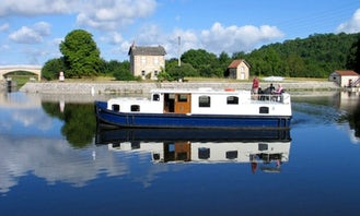 Cruise Aboard The EuroClassic 139 GC Boat in Capestang, France