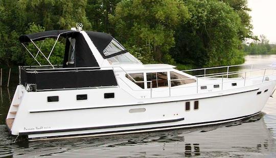 Charter 41' Motor Yacht In Brandenburg, Germany