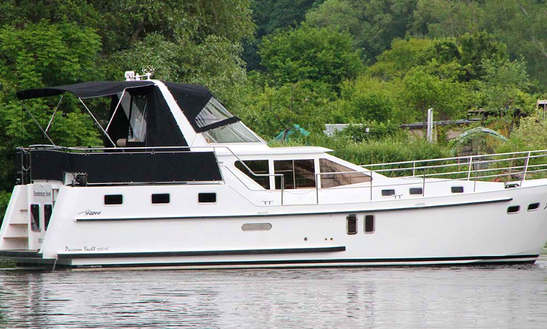 Charter 41' Josef Motor Yacht In Brandenburg, Germany