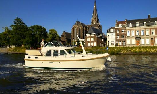Charter The Linssen Motor Yacht In Vermenton, France