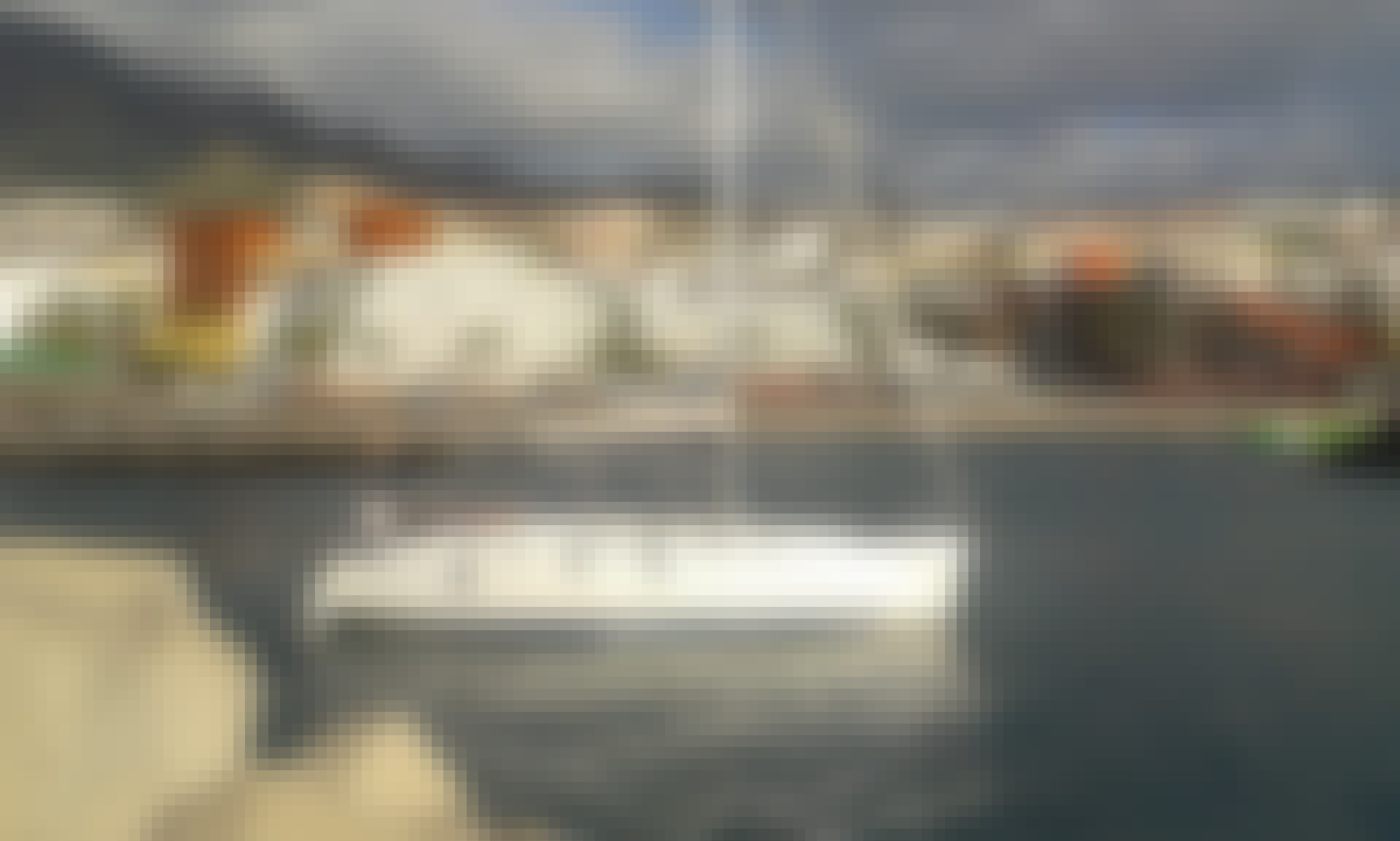 Charter 39' Cruising Monohull in Costa Adeje, Canarias