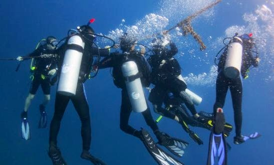 Enjoy Diving Trips & Courses In Pulau Perhentian, Malaysia