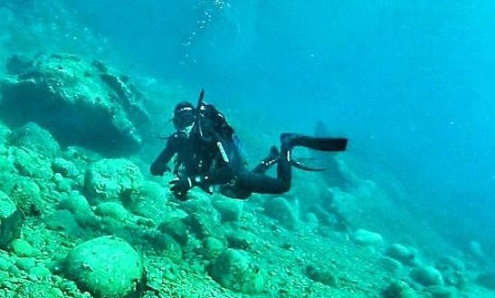 Enjoy Diving Trips & Courses In Nea Skioni, Greece