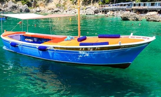 Charter Gozzo Caprese Dinghy In Capri, Itlay