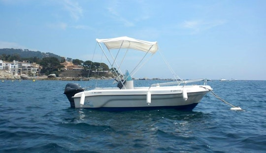 Rent A 14' Center Console In Girona, Spain