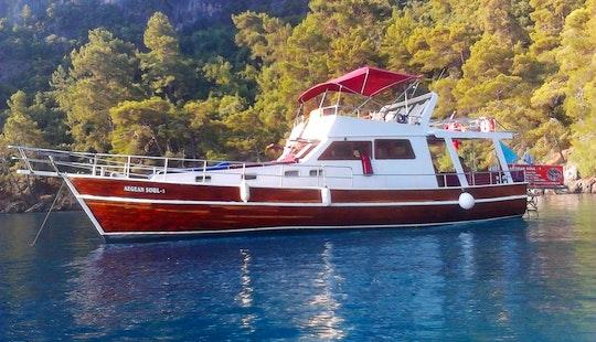 Enjoy Muğla, Turkey On 49' Motor Yacht