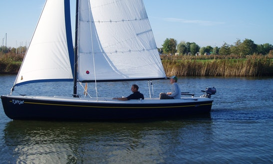 Rent 21' Falcon Daysailer In Friesland, Netherlands