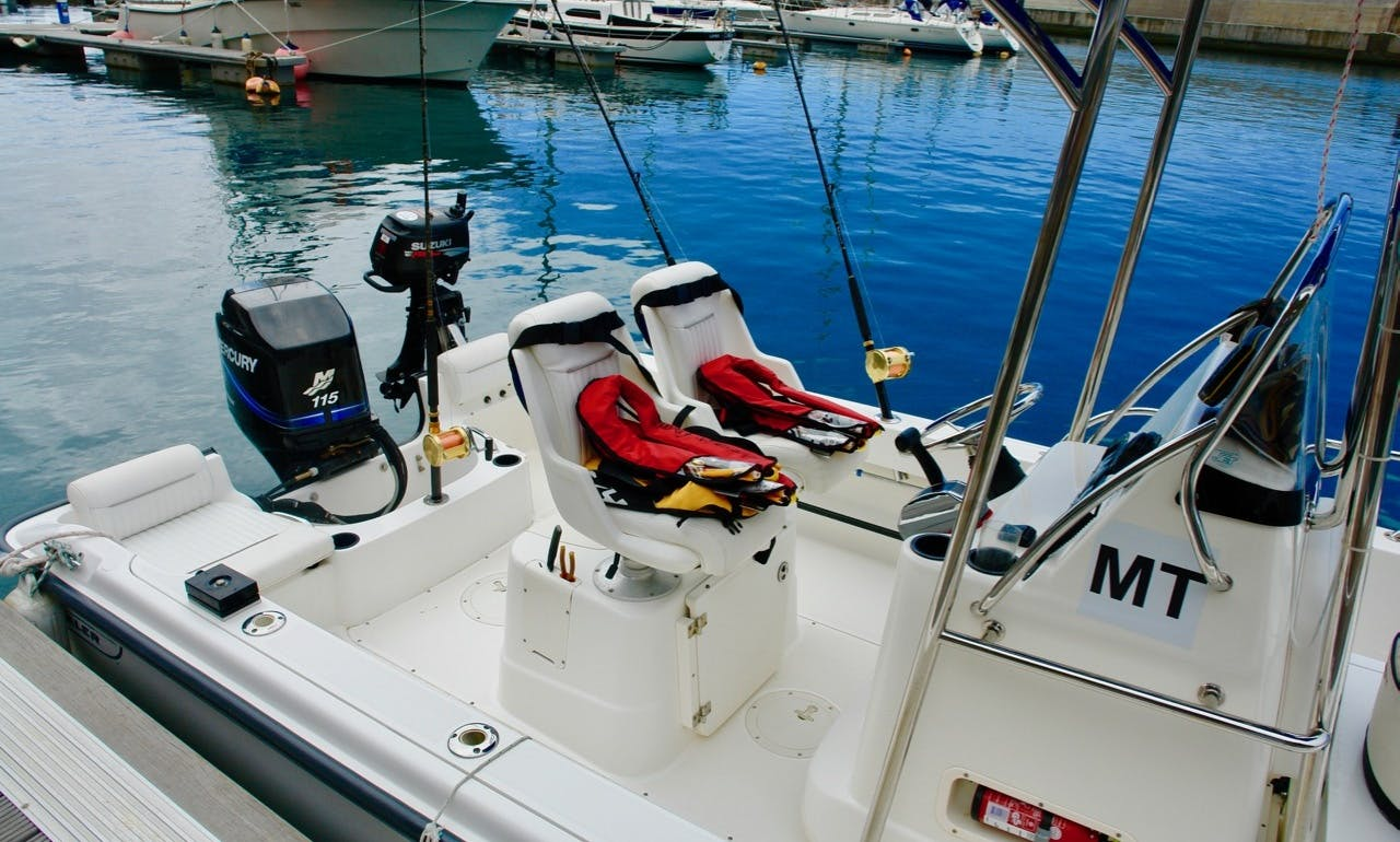 High Quality Boston Whaler 190 Outrage For Charter In Calheta Marina Madeira Island.