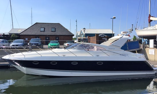 Motor Yacht Rental In Hythe