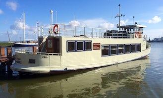Charter a 21' Passenger Boat in Volendam, Noord-Holland