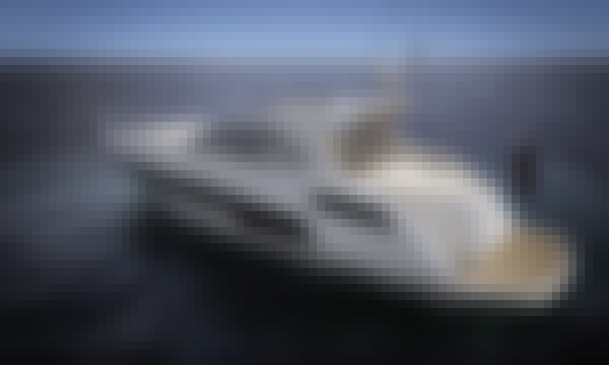 53' Sunseeker Motor Yacht in Pasito Blanco, Spain