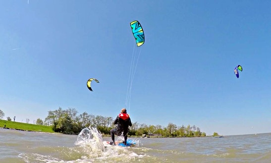 Enjoy Kiteboarding Lessons & Rental In Velsen-noord, Noord-holland