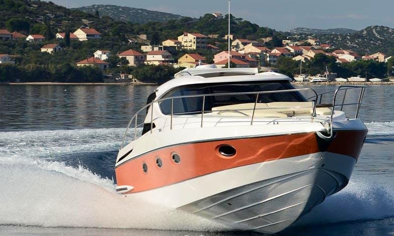 Charter 33' Motor Yacht in Bibinje, Zadarska županija