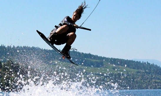 Enjoy Wakeboarding Lessons In Kelowna, British Columbia