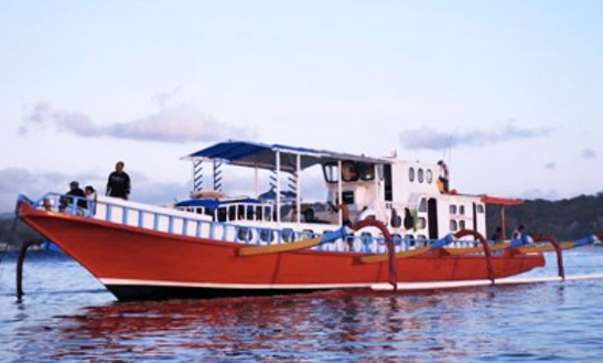 Charter A 98' Surf Boat In Nusa Lembongan,indonesia